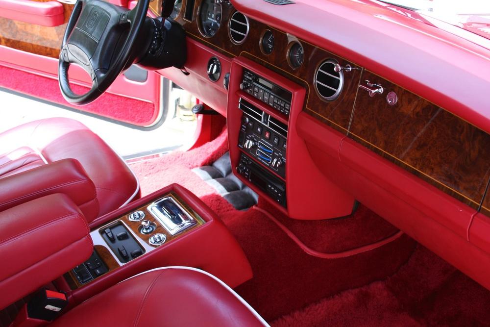 1991 Rolls-Royce Silver Spur II (MCX34449) - 23.jpg