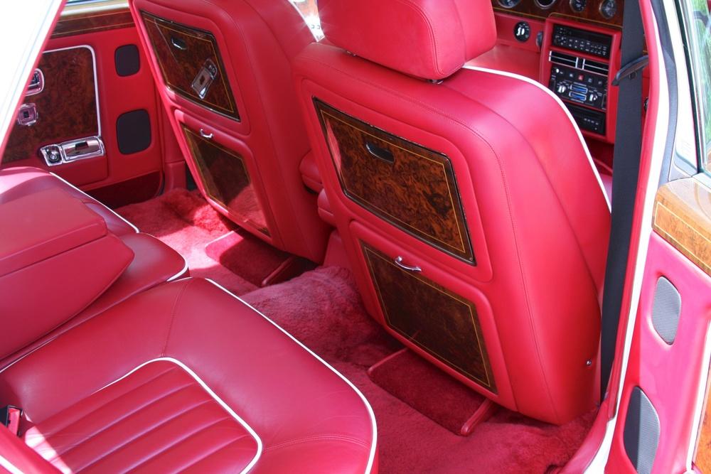 1991 Rolls-Royce Silver Spur II (MCX34449) - 29.jpg