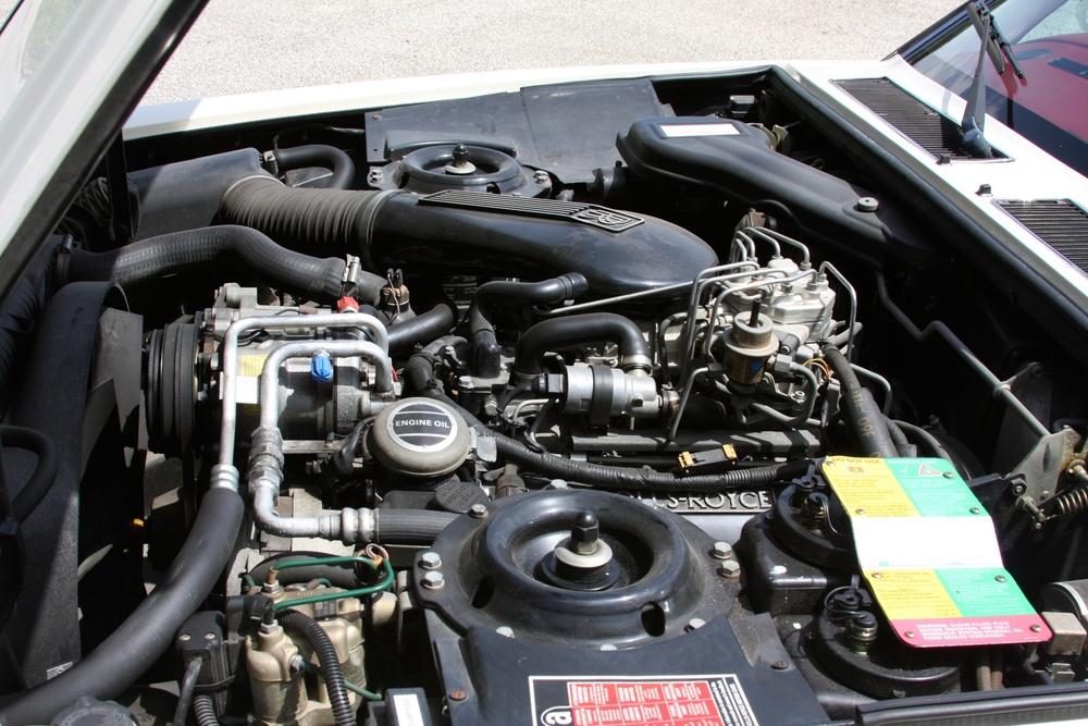 1991 Rolls-Royce Silver Spur II (MCX34449) - 35.jpg
