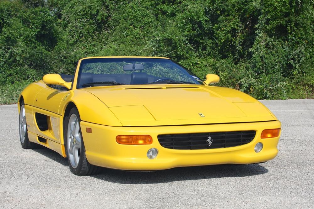 1999 Ferrari 355 F1 Spider (X0115075) - 02.jpg