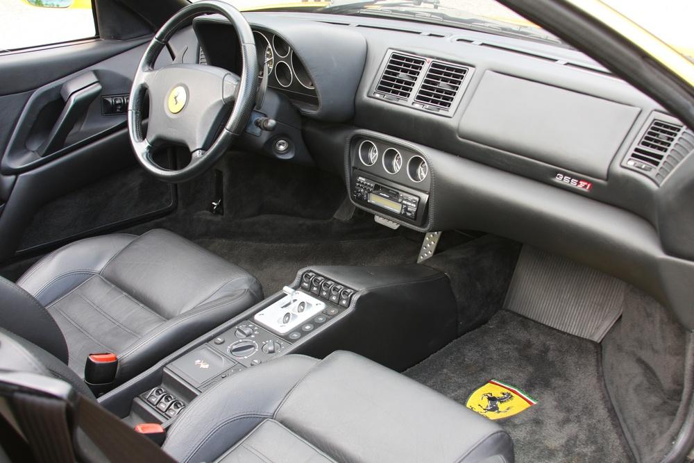 1999 Ferrari 355 F1 Spider (X0115075) - 30.jpg