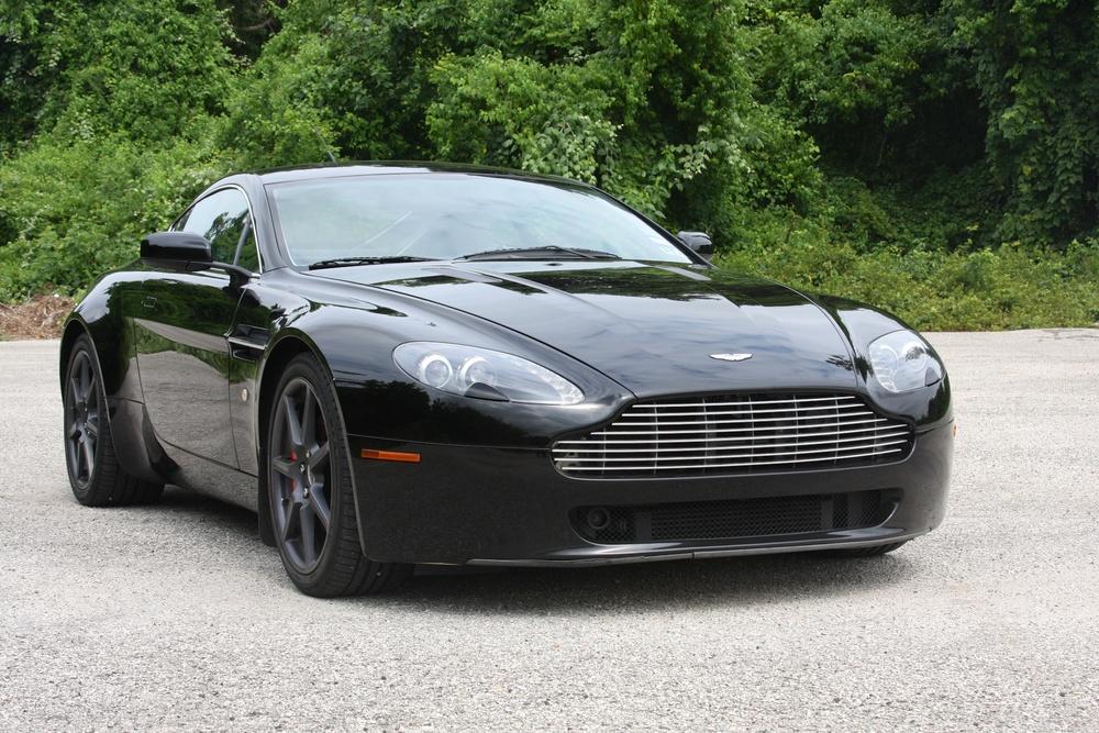 2007 Aston Martin Vantage (7GC04475) - 02.jpg