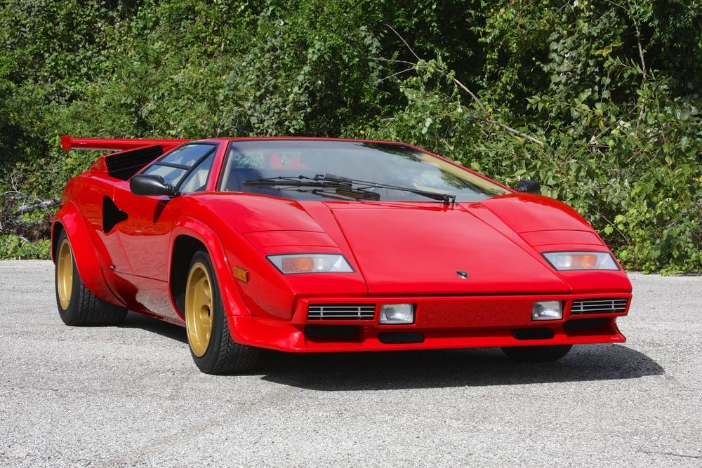 1983 Lamborghini Countach (CLA12540) - 01.jpg