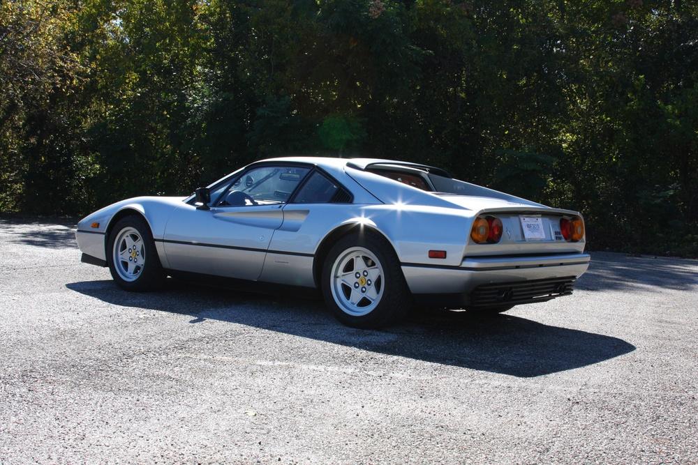 1988 Ferrari 328 GTB (J0075912) - 06.jpg