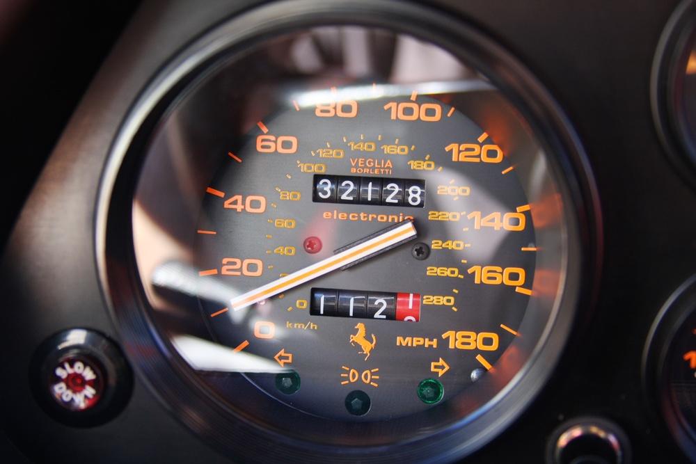 1988 Ferrari 328 GTB (J0075912) - 16.jpg