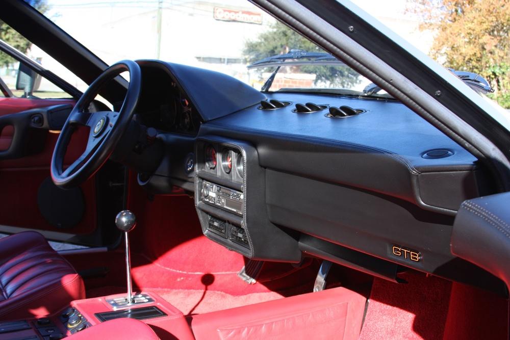1988 Ferrari 328 GTB (J0075912) - 22.jpg