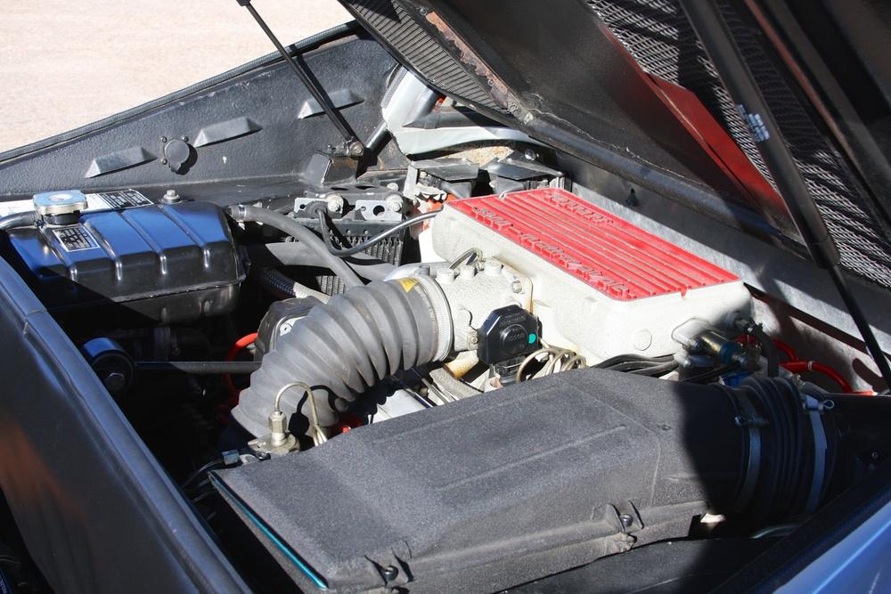 1988 Ferrari 328 GTB (J0075912) - 30.jpg