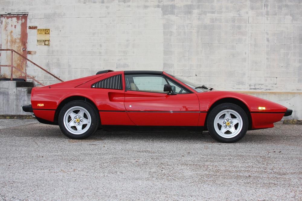 1985 Ferrari 308 GTS (F0055601) 02.jpg