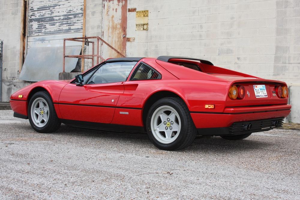 1987 Ferrari 328 GTS (H0067161) 05.jpg