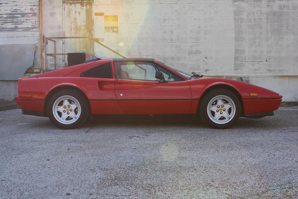 1988 Ferrari 328 GTS (J0075955) 2.jpg