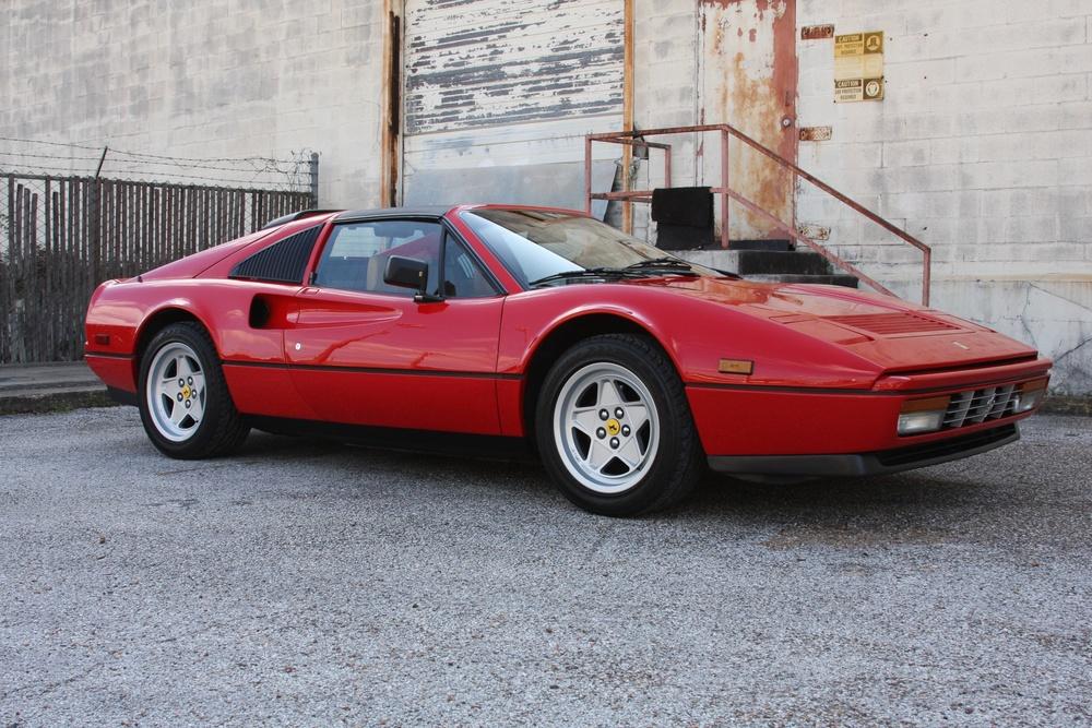 1988 Ferrari 328 GTS (J0075955) 1.jpg