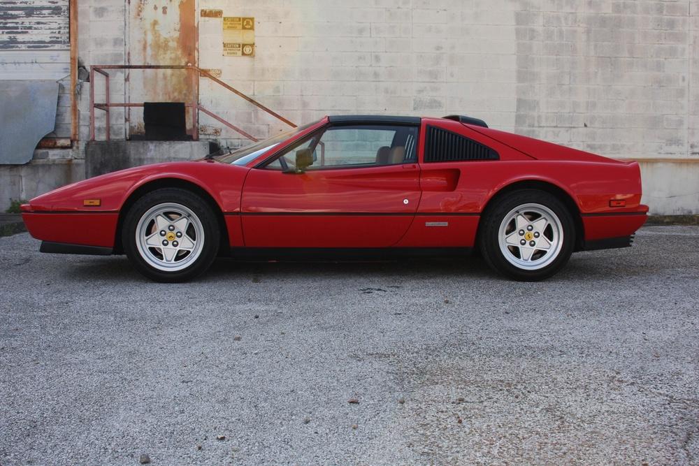 1988 Ferrari 328 GTS (J0075955) 6.jpg