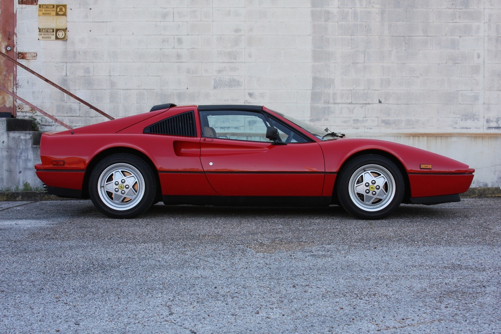 1989 Ferrari 328 GTS (K0080192) 02.jpg