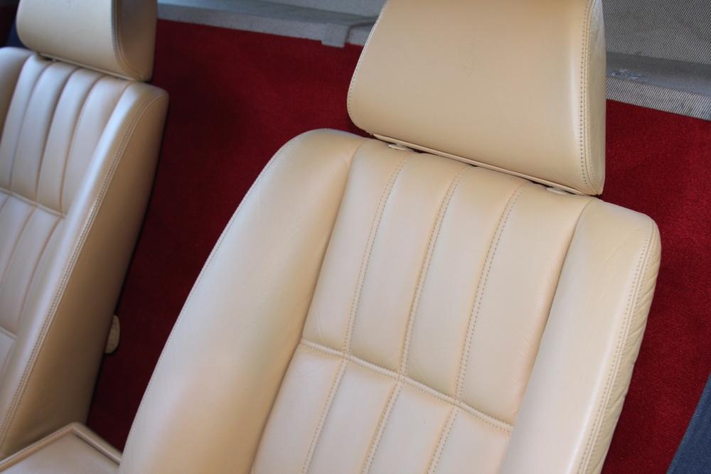 1989 Ferrari 328 GTS (K0080192) 12.jpg