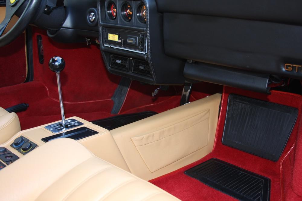 1989 Ferrari 328 GTS (K0080192) 26.jpg