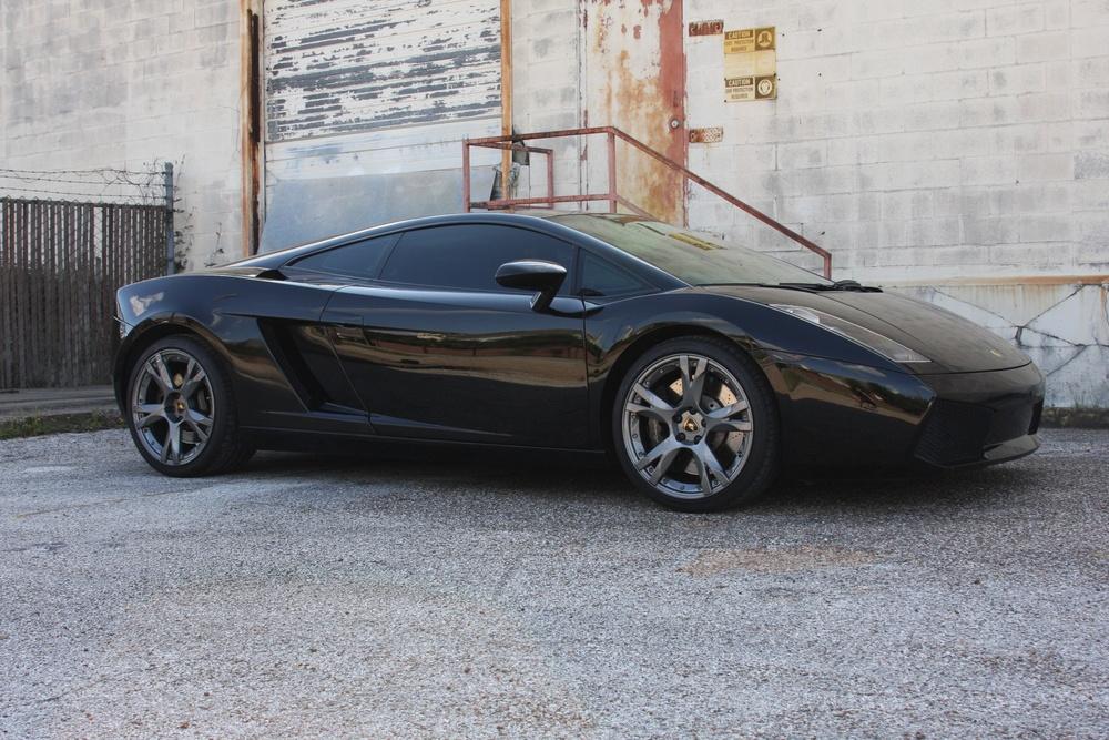 2007 Lamborghini Gallardo (7LA04819) 01.jpg