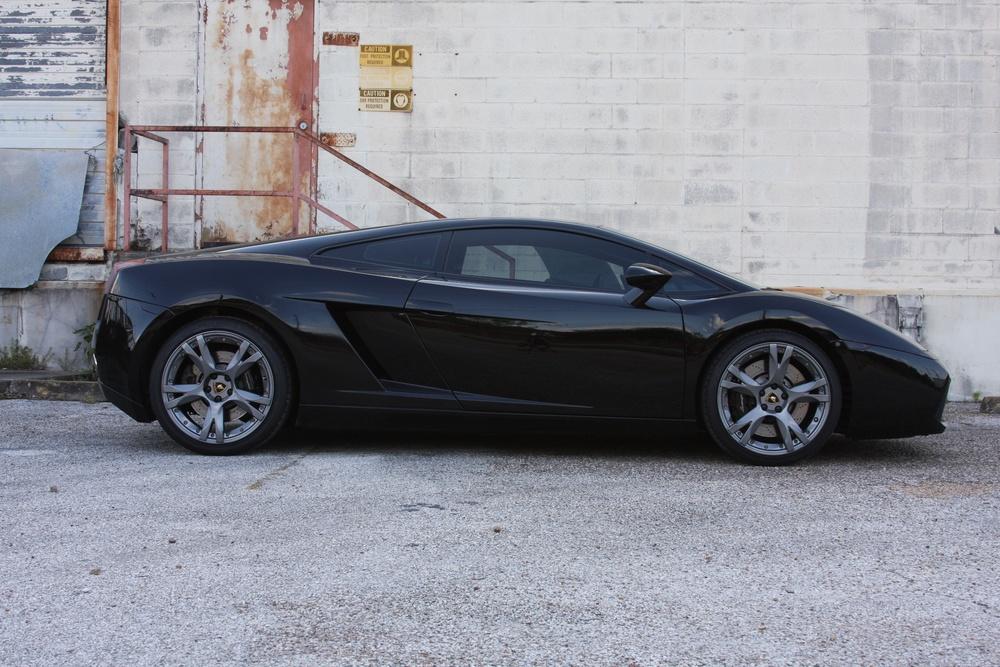 2007 Lamborghini Gallardo (7LA04819) 02.jpg
