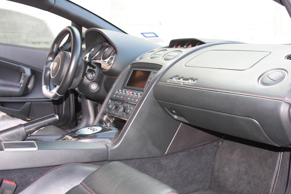 2007 Lamborghini Gallardo (7LA04819) 19.jpg