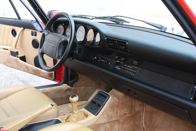 1991 Porsche 911 Carrera 2 - 21 of 29.jpg