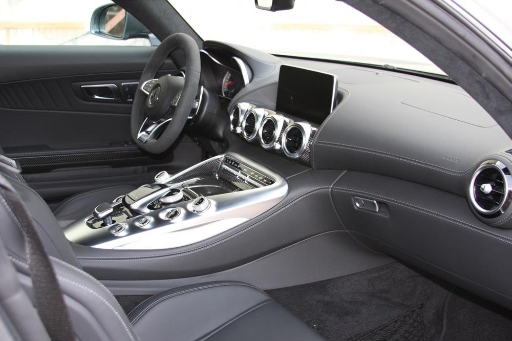 2016 Mercedes-Benz AMG GT-S - 19 of 25.jpg