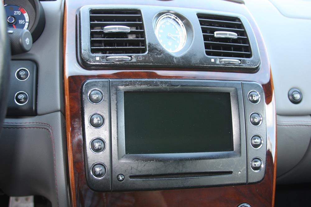 2008 Maserati Quattroporte - 17 of 33.jpg
