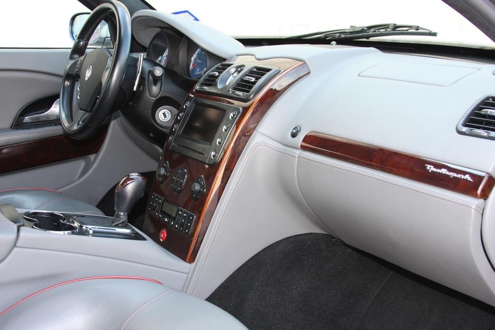2008 Maserati Quattroporte - 20 of 33.jpg