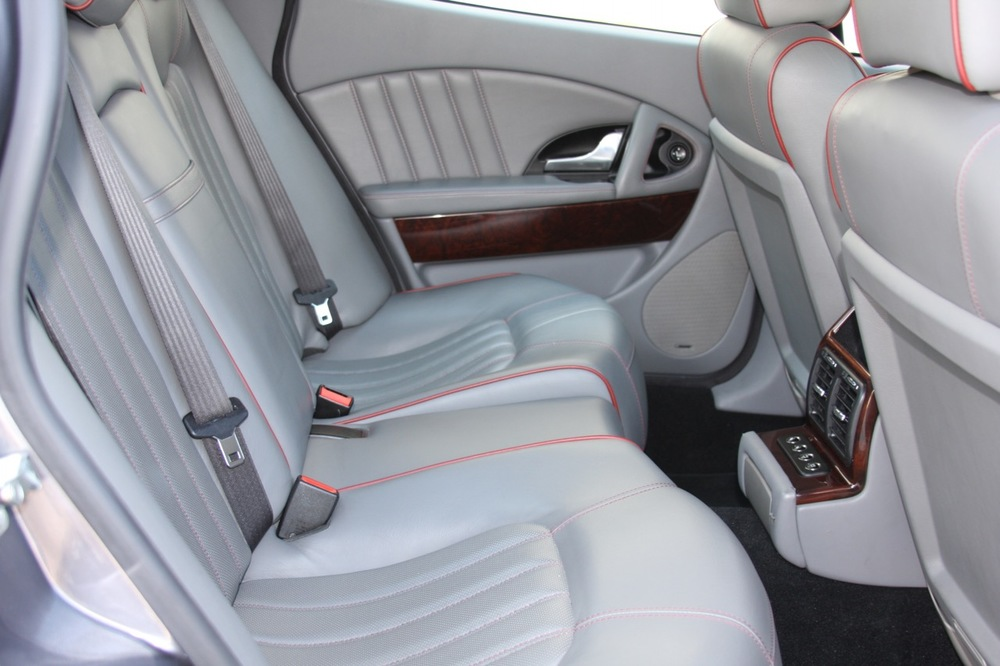 2008 Maserati Quattroporte - 28 of 33.jpg