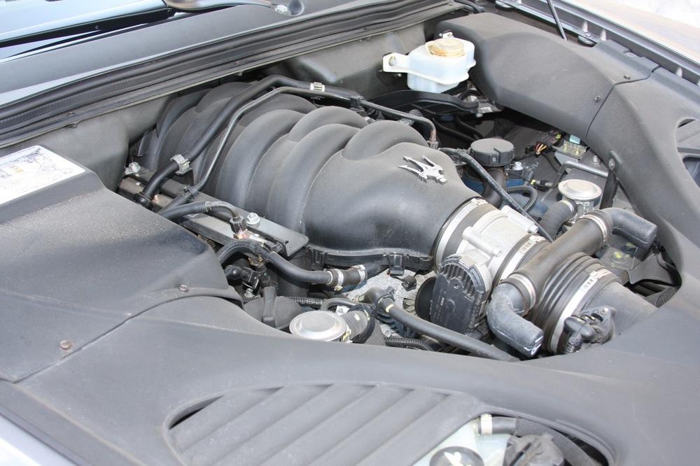2008 Maserati Quattroporte - 33 of 33.jpg