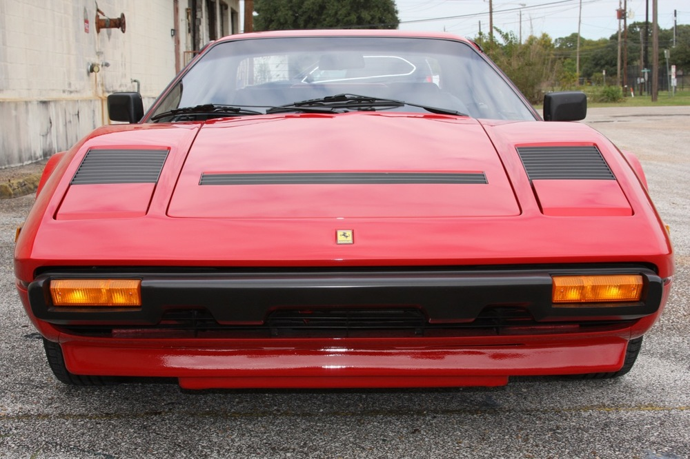 1985 Ferrari 308 GTB QV - 08 of 36.jpg