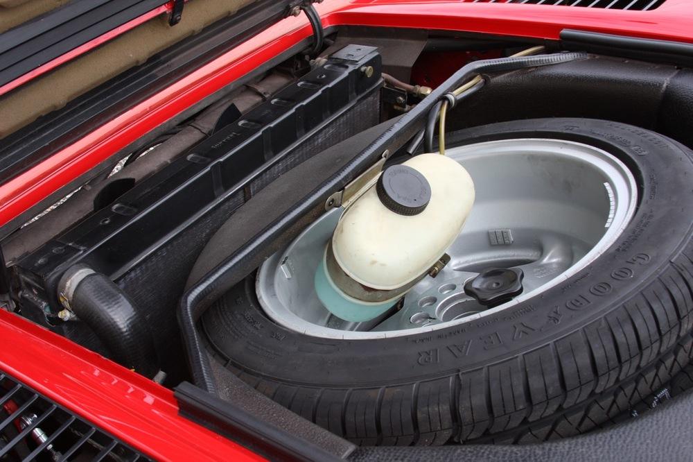 1985 Ferrari 308 GTB QV - 27 of 36.jpg