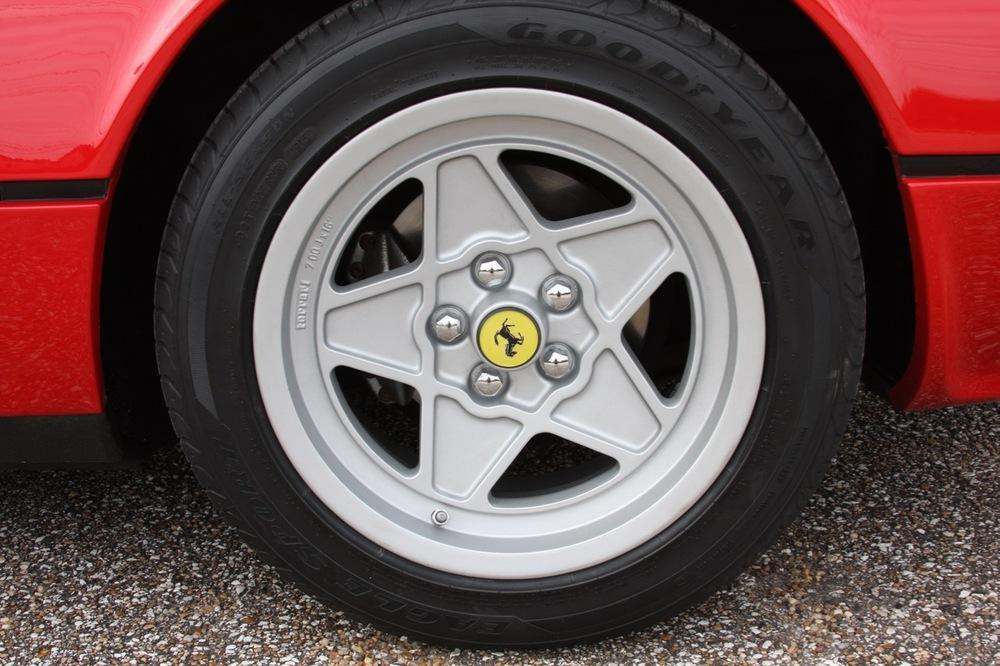 1985 Ferrari 308 GTB QV - 32 of 36.jpg
