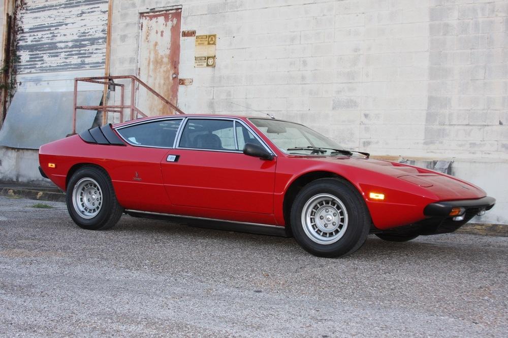 1975 Lamborghini Urraco P250 - 01 of 37.jpg