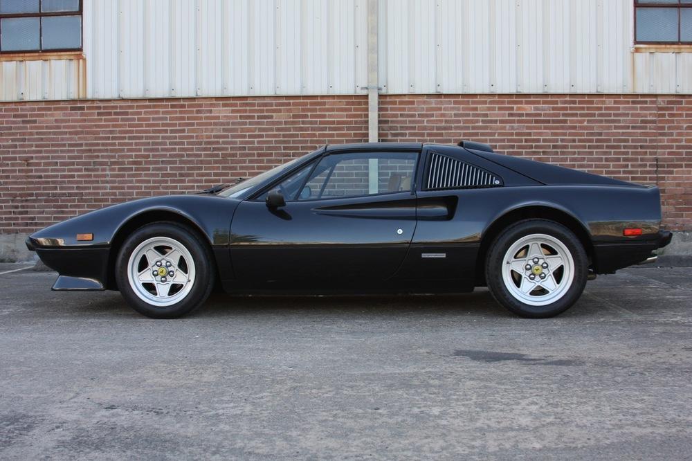 1984 Ferrari 308 GTS QV Euro (51569) - 06 of 36.jpg