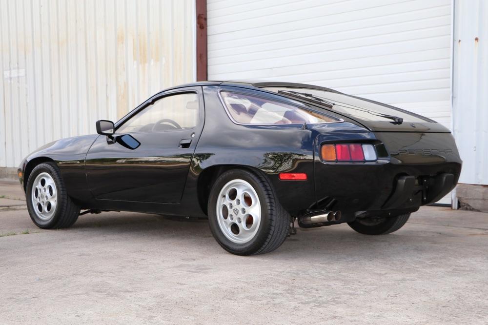 1979 Porsche 928 (699266837) - 03 of 30.jpg