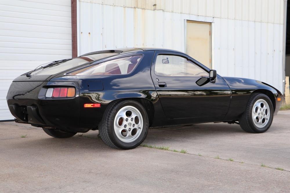 1979 Porsche 928 (699266837) - 05 of 30.jpg