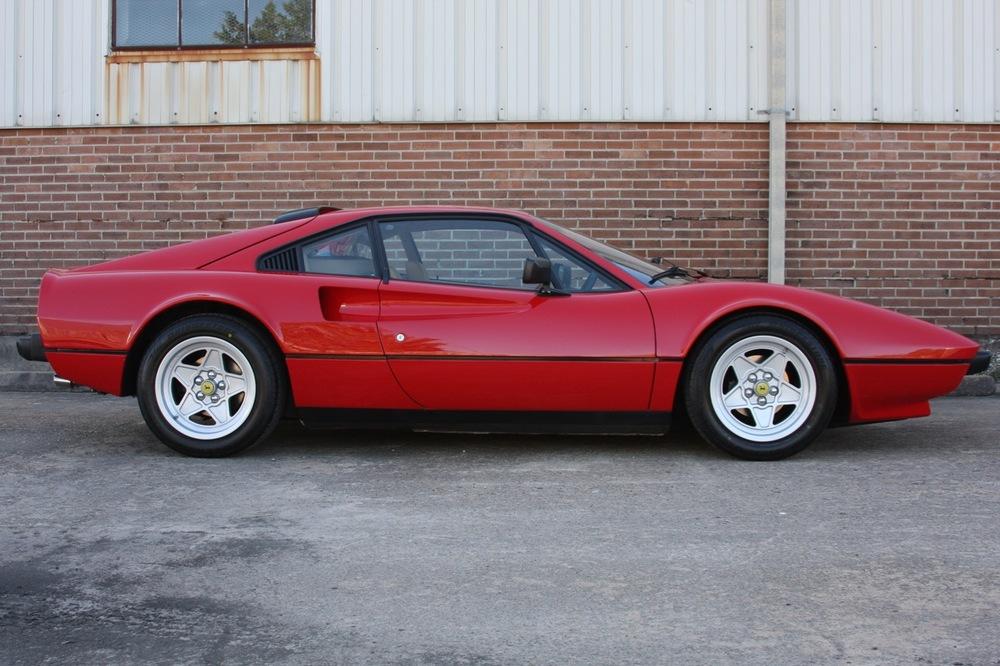 1984 Ferrari 308 GTB (49461) - 02 of 31.jpg