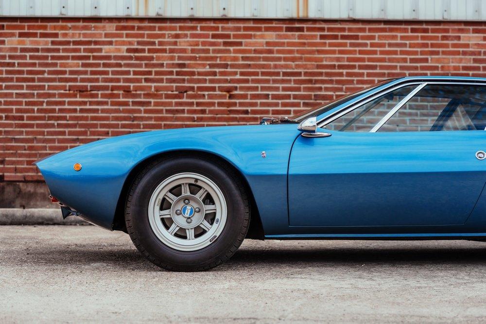 1969 De Tomaso Mangusta (8MA858) - 2.jpg