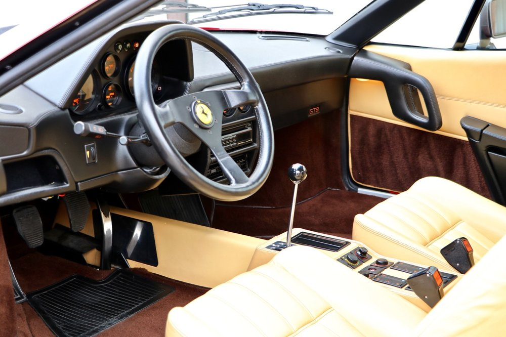 1988 Ferrari 328 GTB (77338) - 10.jpg