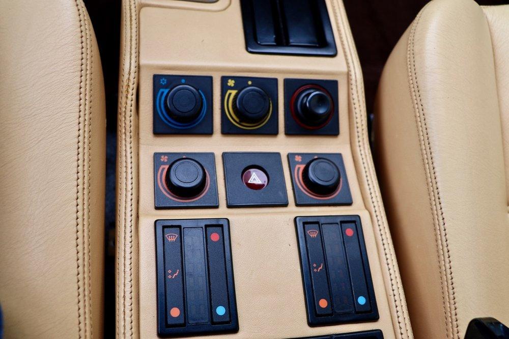 1988 Ferrari 328 GTB (77338) - 17.jpg