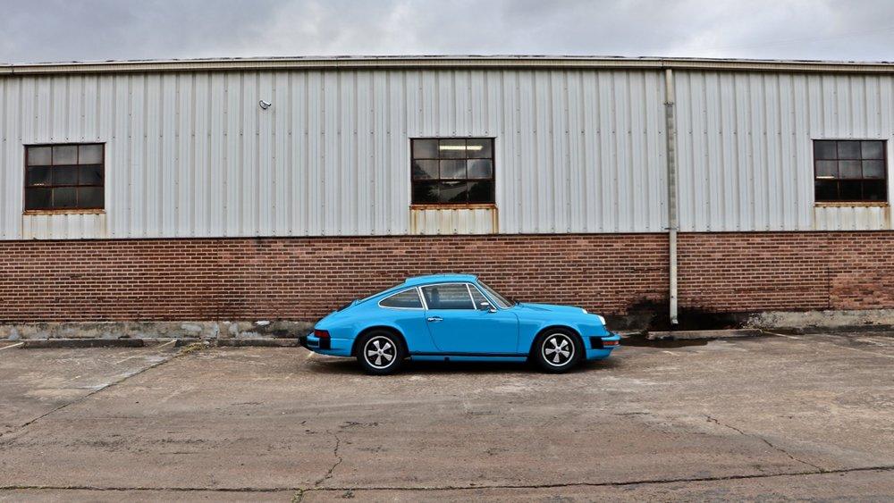1974 Porsche 911 (9114102717) - 02.jpg