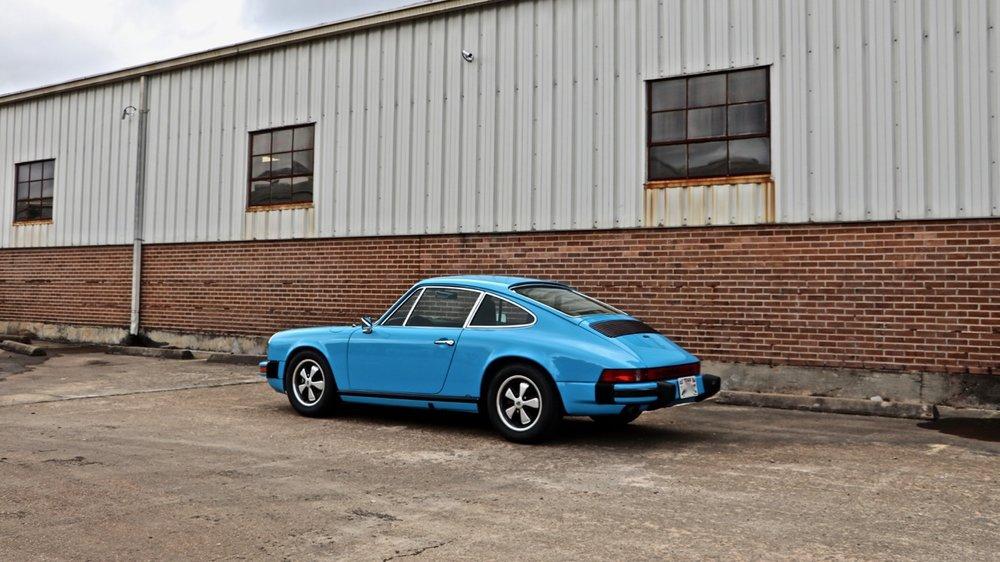 1974 Porsche 911 (9114102717) - 04.jpg