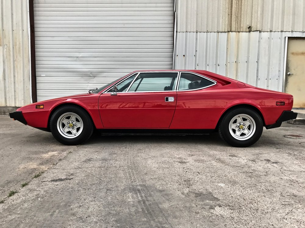 1975 Ferrari 308 GT4 (09950) - 01.jpg