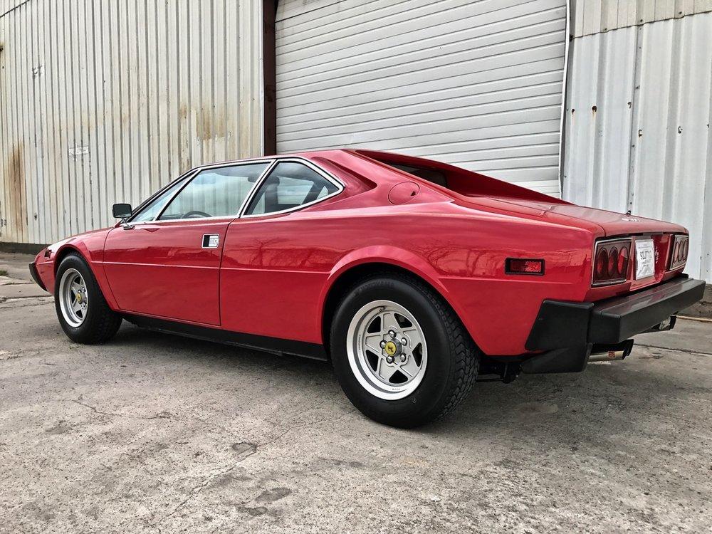 1975 Ferrari 308 GT4 (09950) - 02.jpg