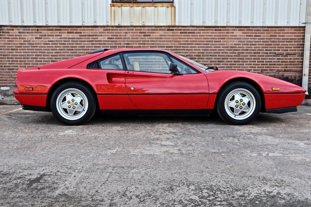 1988 Ferrari 328 GTB (77394) - 06.jpg