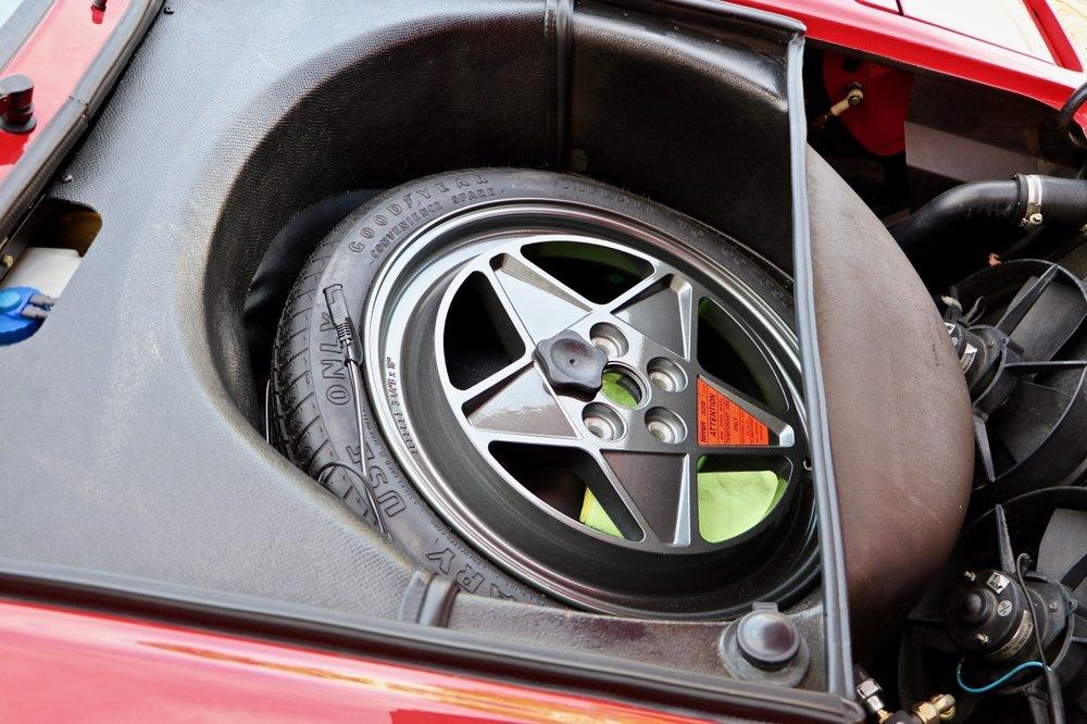 1988 Ferrari 328 GTB (77394) - 36.jpg