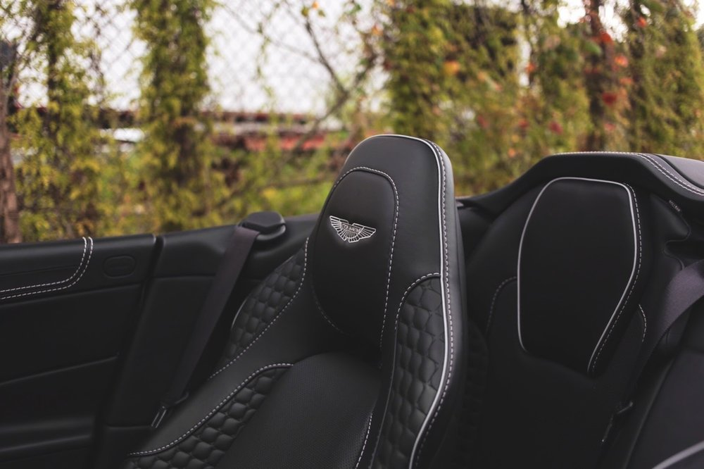 2015 Aston Martin Vanquish Volante Carbon Edition (FGK02448) - 21.jpg