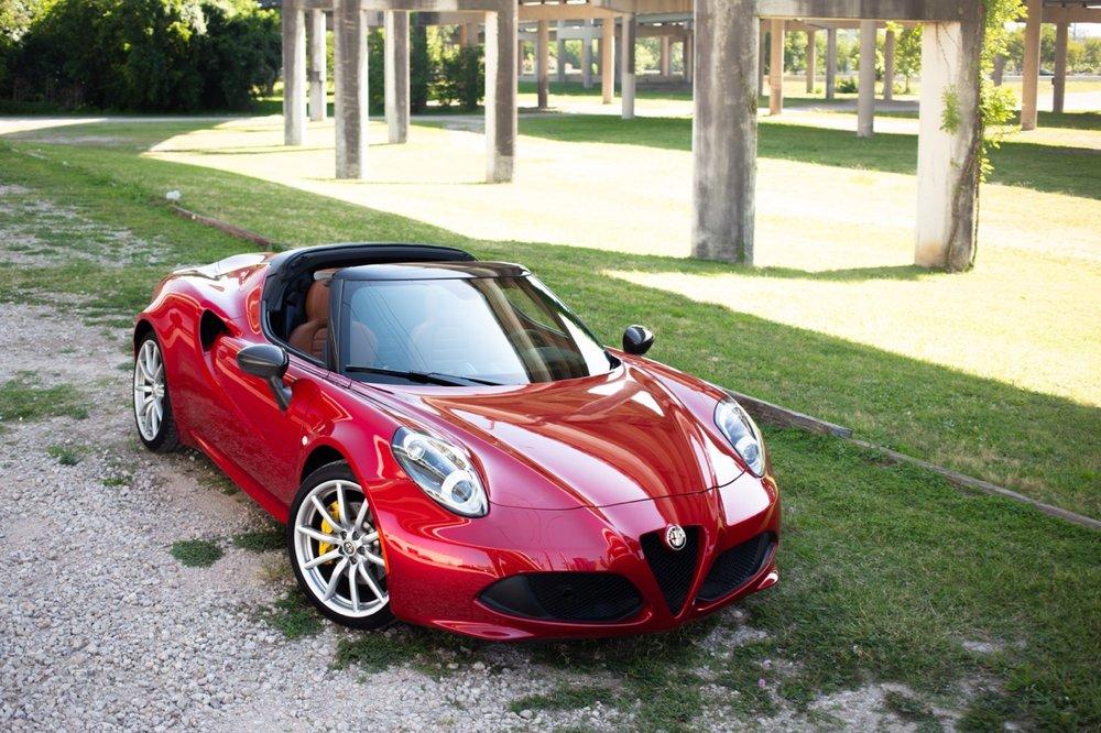 2016 Alfa Romeo 4C Spider (GM179731) - 03.jpg