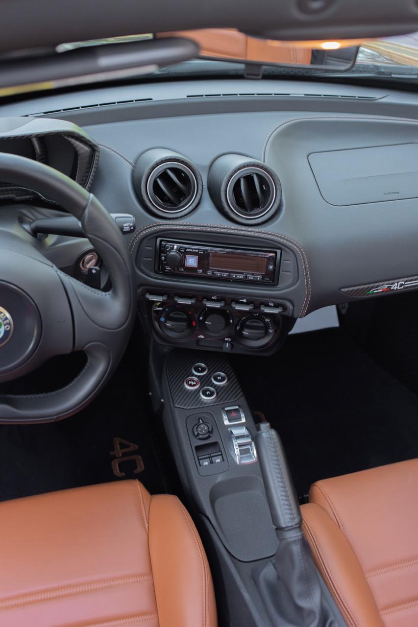 2016 Alfa Romeo 4C Spider (GM179731) - 48.jpg