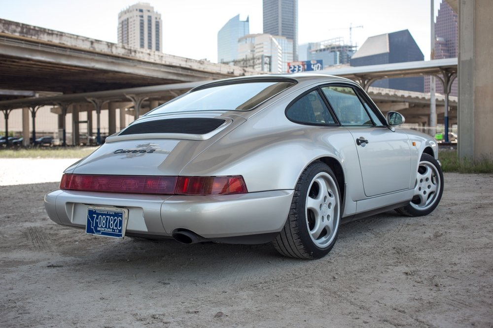 1990 Porsche 911 Carrera 2 (LS405914) - 08.jpg