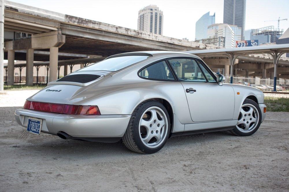 1990 Porsche 911 Carrera 2 (LS405914) - 12.jpg